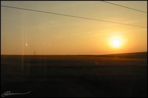 Allez, un peu de soleil, s'il vous plaît... (TGV Paris-Lyon, juin 2003.)