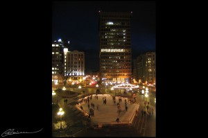 Place d'Youville. (Québec, Canada, novembre 2004.)