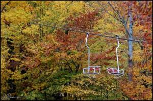 Beaucoup de couleur en attendant le blanc. (Mont Sutton, Québec, octobre 2012)